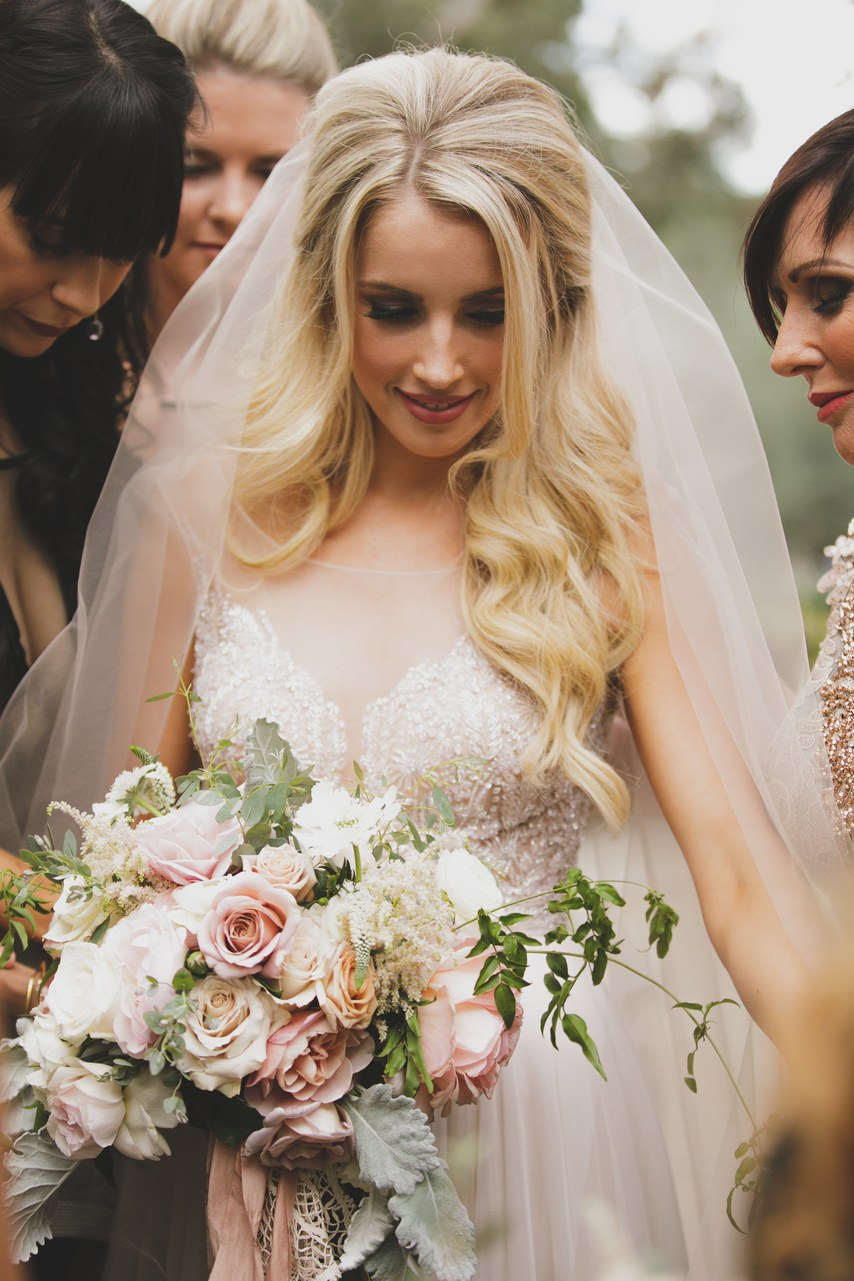 a5GqlJyz0M - Свадебная церемония на вершине чувств