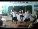 Еврейский танец Хава Нагила.. ВСЕ внимание пожалуста на блондинку это ржака...7 класс не спорю дети..
