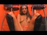 в салоне связи / лесбиянки женщины школьницы девочки девушки малолетки модели голые порно секс эротика вирт стриптиз