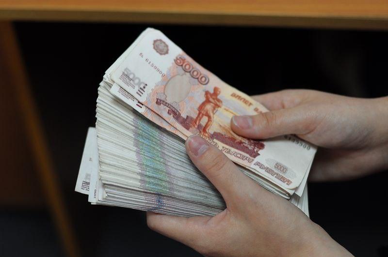 У жительницы Зеленчукского района украли большую сумму денег