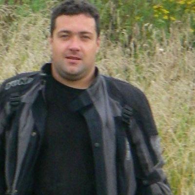 Виктор Столяров