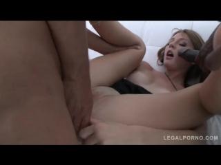 Порно попала на толпу негров высокое качество ган банг, у жены сперма из вагины мужу в рот