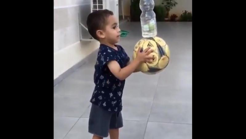 Красавчик малой
