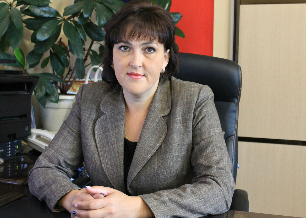 Глава Зеленчукского сельского поселения помогла решить проблему с затоплением водой частного домовладения