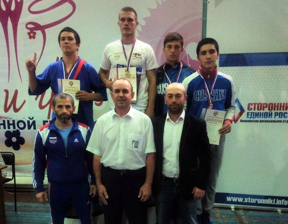 Борцы из Сторожевой бронзовые призеры первенства России