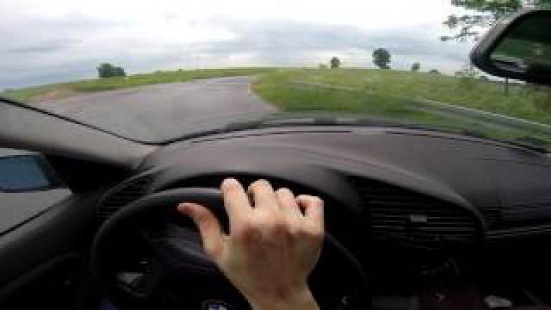BMW E36 1.6 STREET DRIFTING PRACTISE