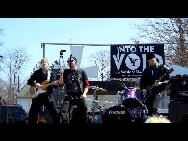 A National Acrobat Black Sabbath Performed by cover band Into The Void 720p HD