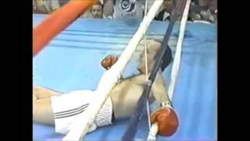 Top 10 Brutal Boxing Knockouts By The Cross aka Straight