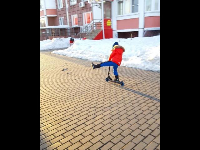 """Ольга Гажиенко (Агибалова) on Instagram: """"Весна где-то рядом, я чувствую ❤ А ещё меньше, чем через месяц у Кирюши День Рождения. И мы ему такой кру..."""