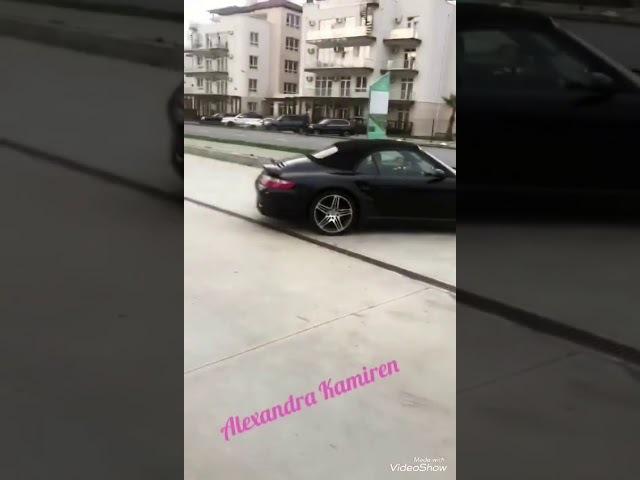 Элина и Елена Николаевна идут в садик за Сашенькой 20 03 18