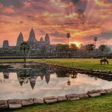 Авиабилеты в Камбоджу всего за 24100 рублей туда-обратно из Москвы весной