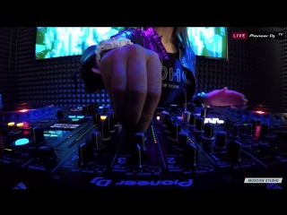 Liya Fran - Tech House @ Pioneer DJ TV Moscow 29.01.2018