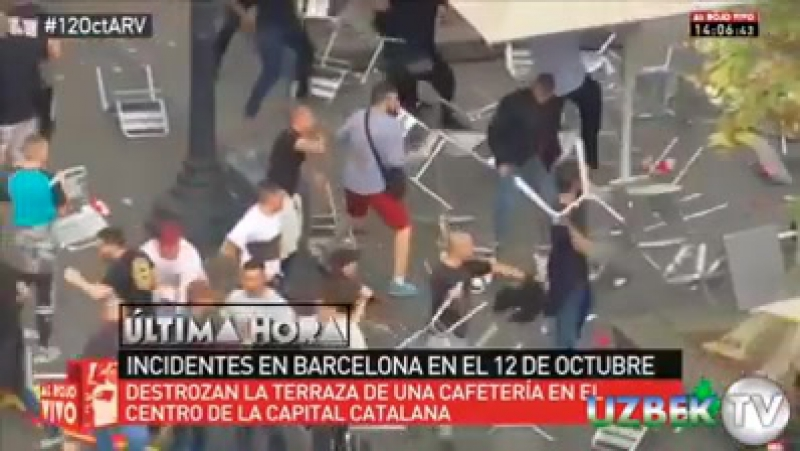 Кеча 12 октябр куни Барселона марказида мустақиллик тарафдорлари ва Испания таркибида қолиш тарафдорлари ўртасида СТУЛЛАР учиши