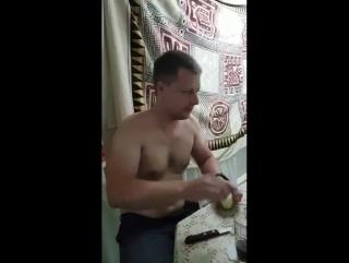 Вызов принят. Как пить самогон по Русски.