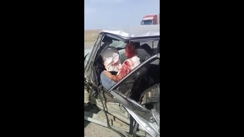 Слабонервным не смотреть Шокирующие ДТП на трассе Уральск Атырау