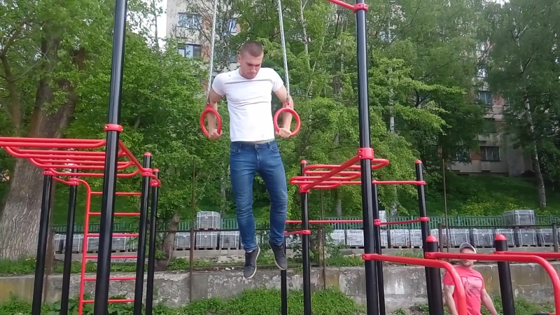 Вихід на кільцях😎))