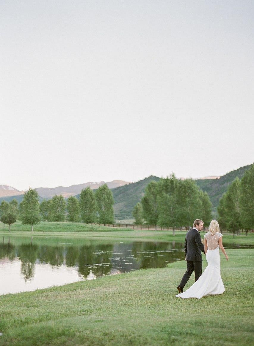 uhWIpiqfEhI - 10 гостей, которых не стоит звать на свадьбу