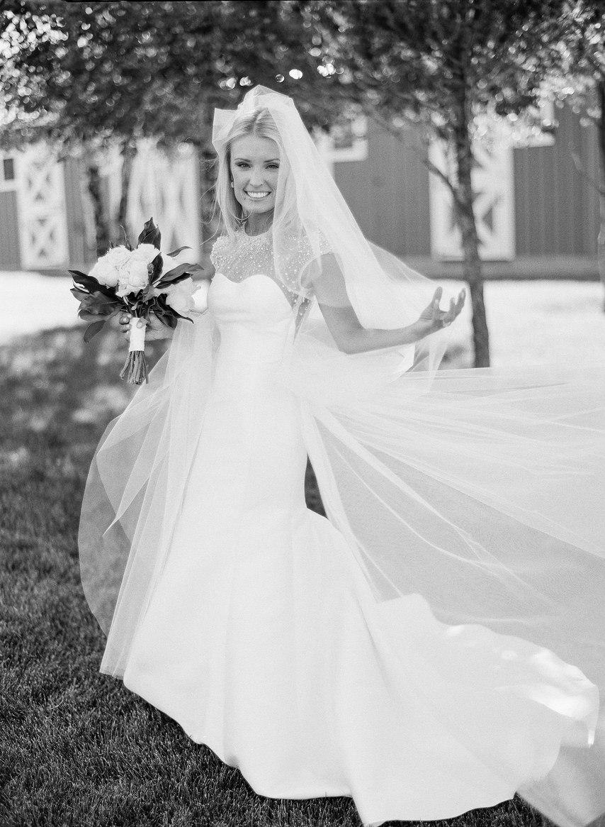 gEGkYFSg ms - Как выглядеть стройнее в свадебном платье: хитрости невесты
