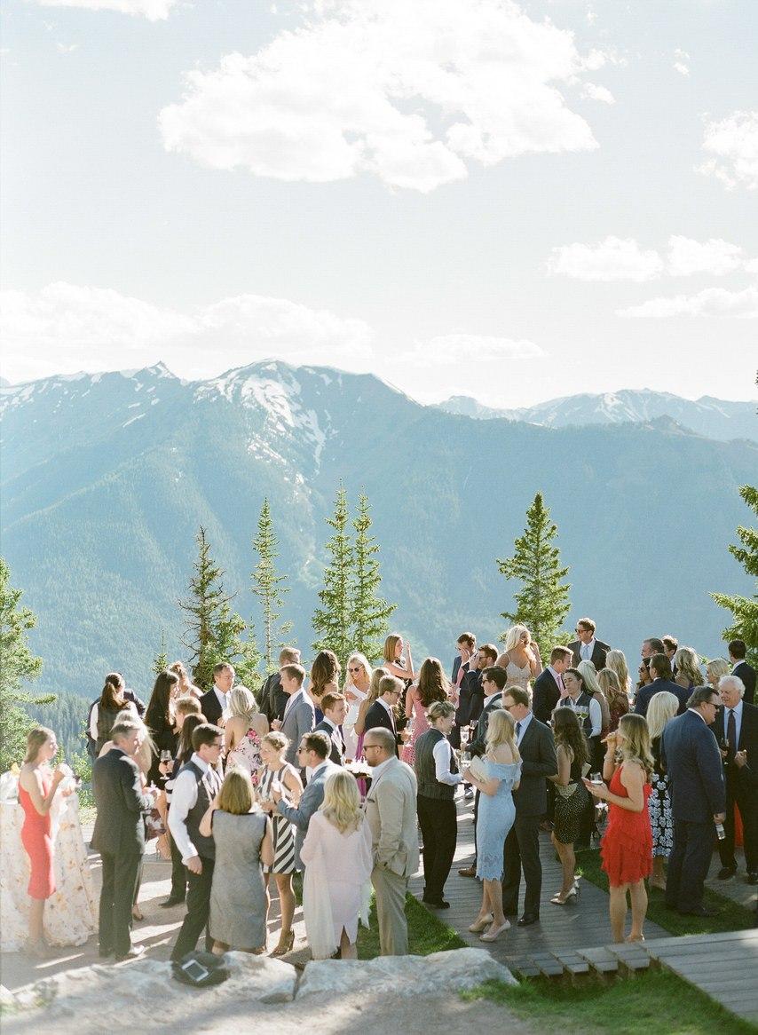 ZUUEfn5UFv8 - Как выглядеть стройнее в свадебном платье: хитрости невесты