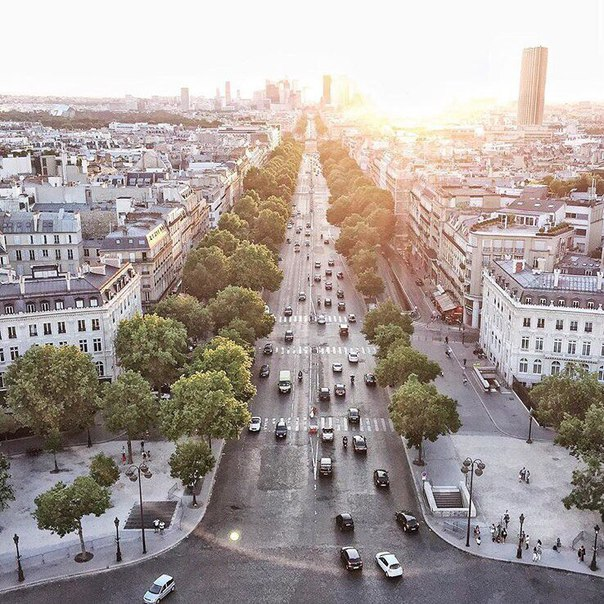 ПРЯМЫЕ рейсы в Париж всего за 12500 рублей туда-обратно из Москвы