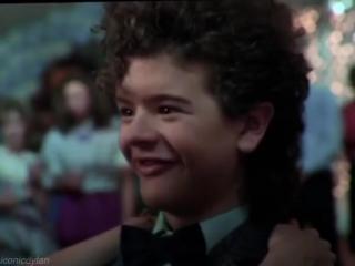 Dustin Henderson vine