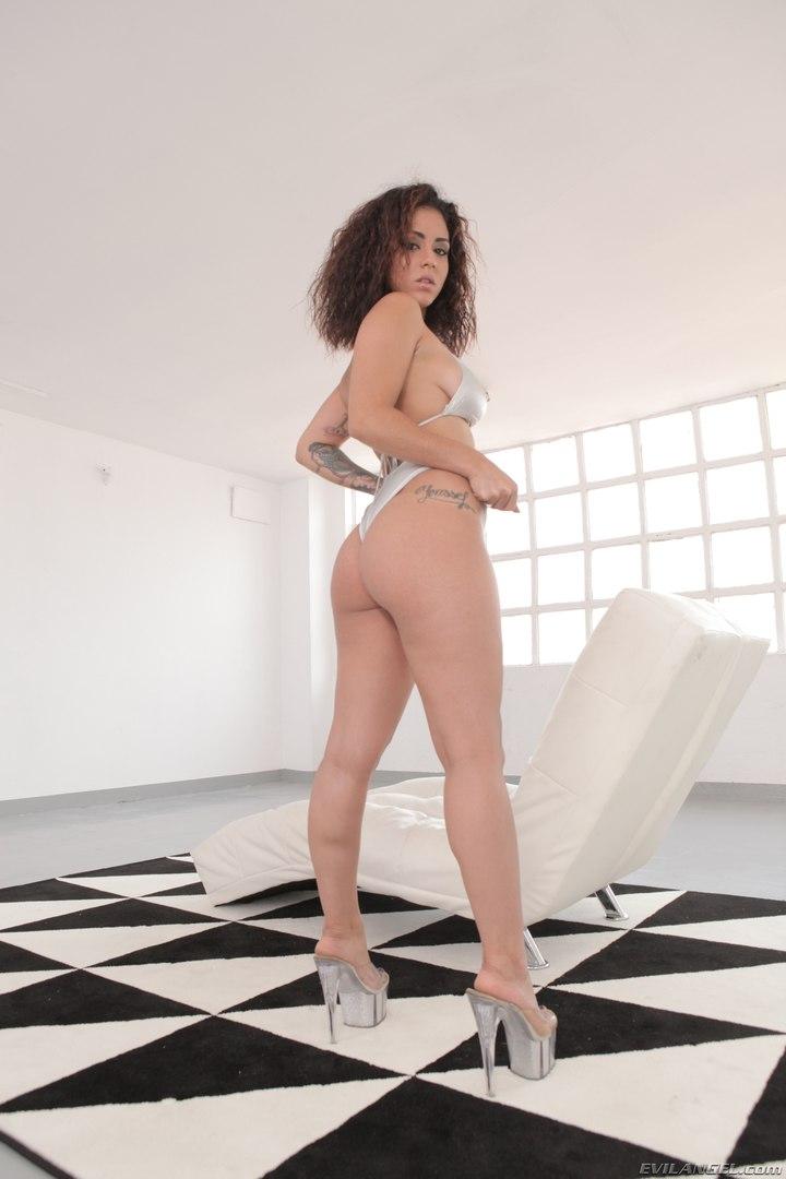 Naked celeb pics