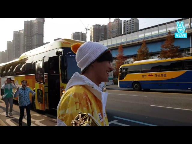 [V LIVE] 171114 (CROSS GENE) OLYMPIC TORCH RELAY -TAKUYA- (1)