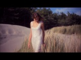 Foreigner - Waiting For A Girl Like You HD