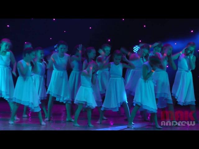 танец Мама Ангелы г Луганск 08 10 16