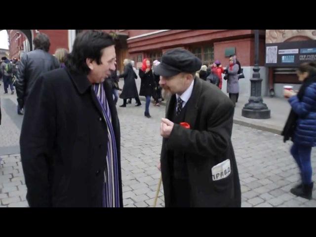 Ленин и Лёня Голубков) Бабло на броневик для революции!