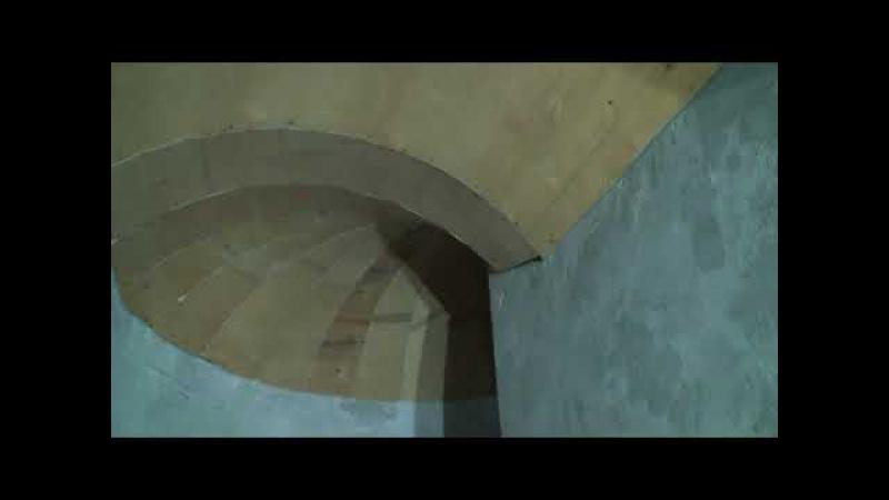 Сложные потолки в кинозале, сложные потолки на винтовой лестнице