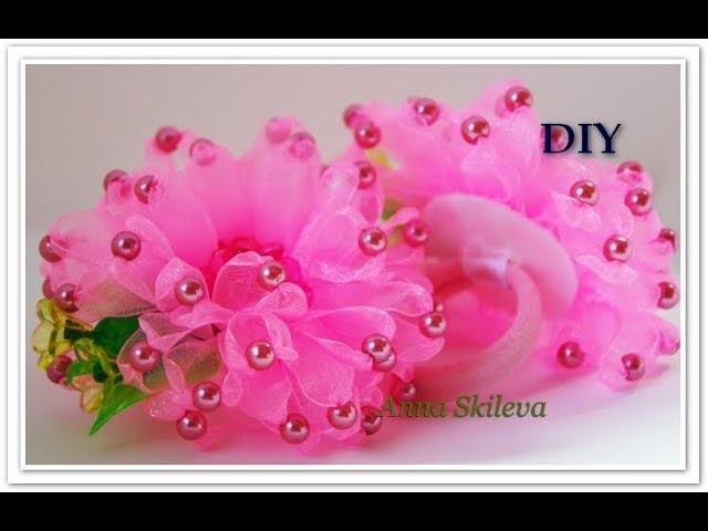 Резиночки для волос Цветок из узкой ленты с бусинами . DIY