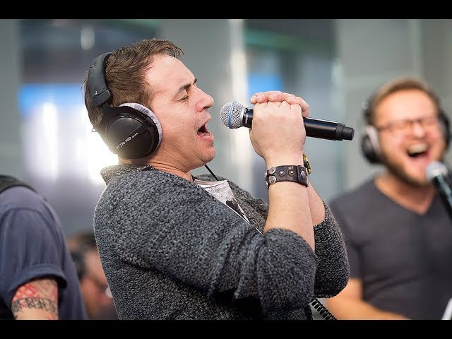 Иван Демьян и группа 7Б – Молодые Ветра (LIVE Авторадио)
