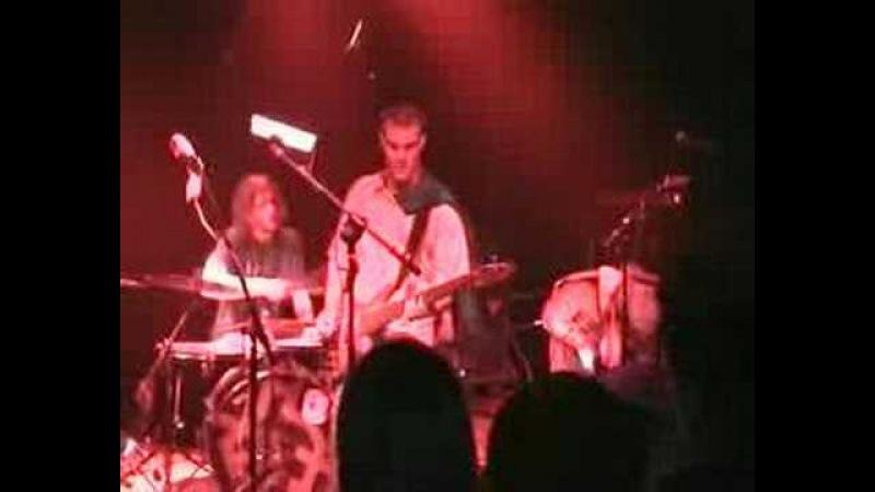 Diatrib(a) - Electropipoman (live at K-FET de L'insa, Lyon, 10/12/04)