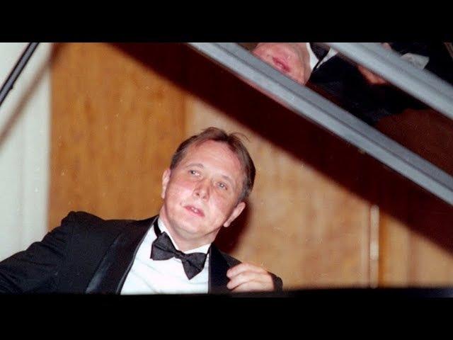 Mikhail Pletnev plays Scriabin - Piano Sonata No. 4 (live in Moscow, 2001)