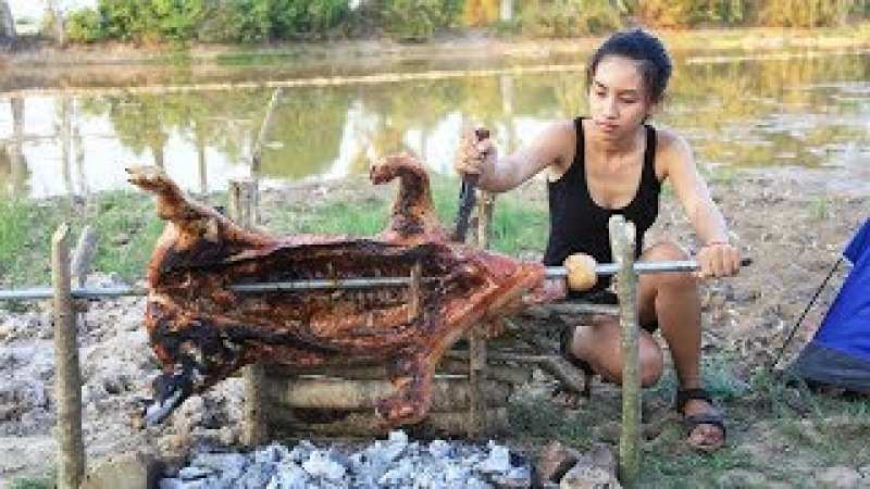 Primitive Technology: How to Roast Pig