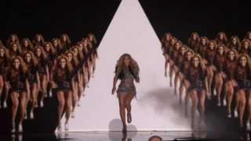 Beyoncé Run The World Girls) Music Award 2011 - Video Mapping, Computer Graphics Rhytmic Dancing