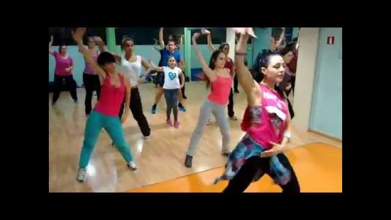 Farruko ft J. Balvin - 6 am / Zumba® with Dimitra