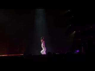 Buzzcut Season - Lorde LIVE - Kansas City
