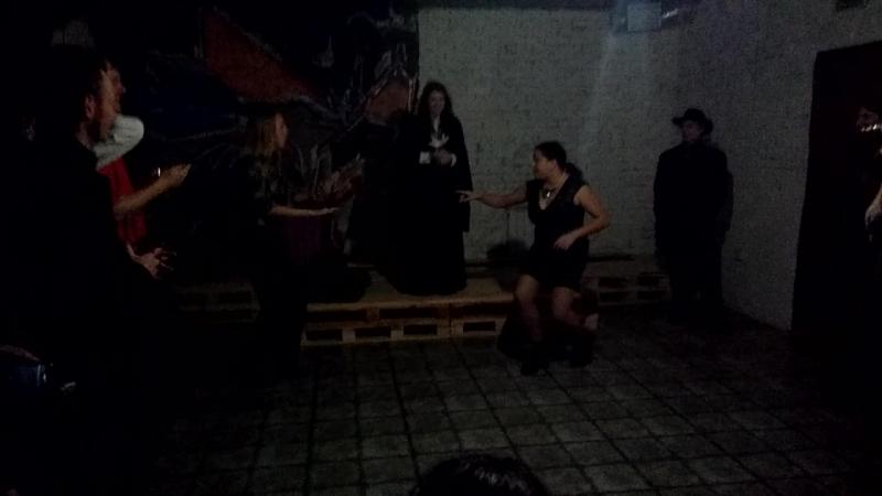 Аннушка против Марицы Лукан