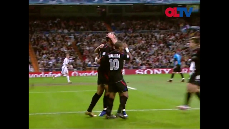 OLRétro 21 novembre 2006 : @JCarew10 et @realflorentm marquent, @CoupetCoupet stoppe le penalty de Van Nistelrooy et l'OL