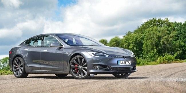#АВТО #НОВОСТИ #worldnewscars #автомобили #спорт #автомир #автодрайв #автобазар #каталог #отзывы  Tesla заявила о рекордном выпуске электрокаров    Фирма Tesla Motors объявила о рекордном количестве выпущенных автомобилей.