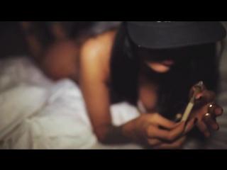 INS - Loveheadshot (2013) стриптиз песня класс девочка танцует го го go go танец голая девка мулатка очень красиво
