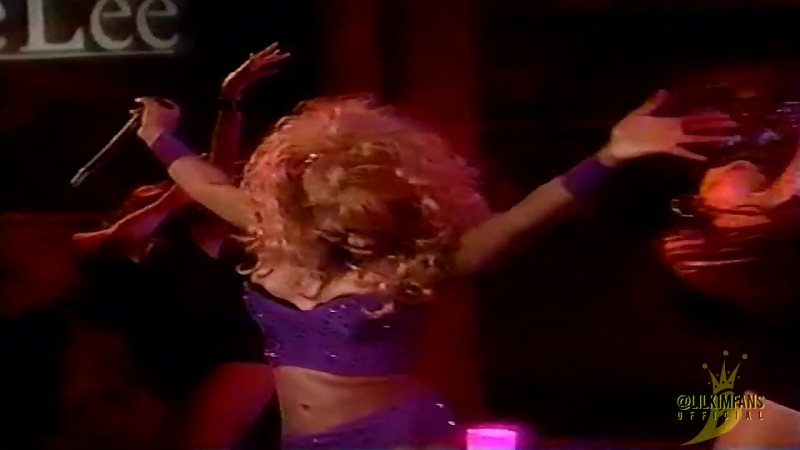 2000: Lil' Kim - No Matter What They Say (Live @ Regis Kathie Lee) interview