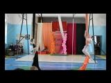 4.Остров Чунга-Чанга:Анна Дьяченко,Виктория Щеткова.19.03.17 г.III Отчётный концерт СШ воздушной акробатики и танца