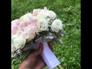 Наша сегодняшняя нежность для Агаша и Ярослава 🌸💑 #weddingdecor #weddingflowers #floristiq_com #floristiq #flowers #weddingbouqu