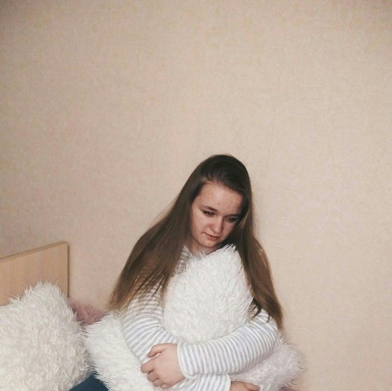 Ника Бакурова  