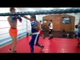 Бокс отработка правого бокового удара