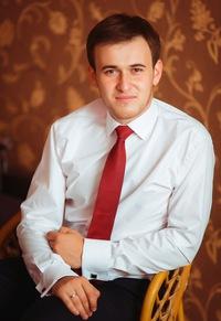 Юнус Ганиев
