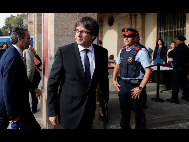 """Directo: Puigdemont comparece ante el Parlament para valorar """"la situación política"""""""